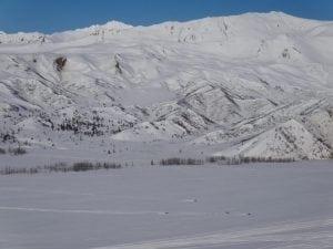snowmachines-near-summit-lake